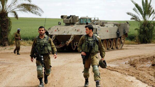 Израильские военные в районе границы между Израилем и сектором Газа