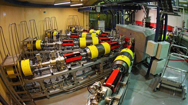 Запуск циклотрона ДЦ-280 в Дубне