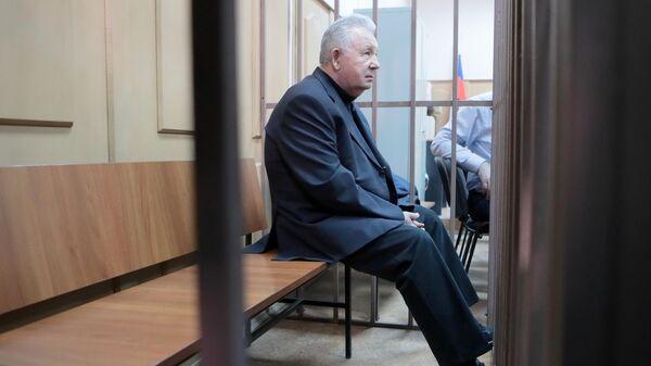 Подозреваемый в хищении средств ПАО НК Роснефть Виктор Ишаев в суде