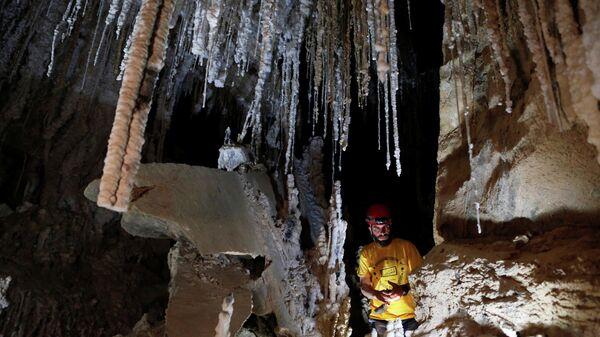 Самая длинная соляная пещера в районе горы Содом