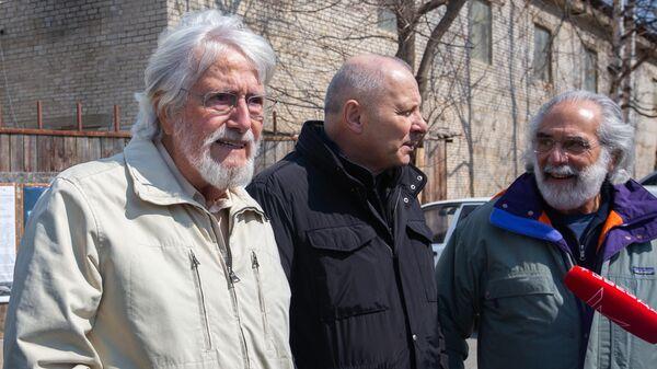 Жан-Мишель Кусто посетил китовую тюрьму в Приморье. 6 апреля 2019