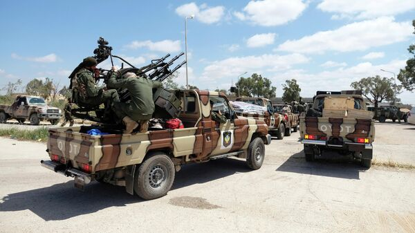 Военнослужащие Ливийской национальной армии под командованием Халифы Хафтара