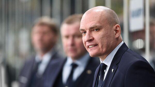 Главный тренер Северстали Андрей Разин