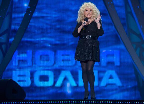 Певица Алла Пугачева выступает на Международном конкурсе молодых исполнителей популярной музыки Новая Волна 2015 в Сочи