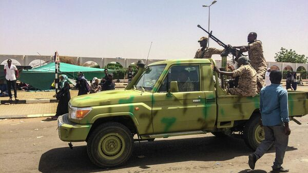 Встолице Судана один человек умер  при разгоне военнослужащими  лагеря оппозиции
