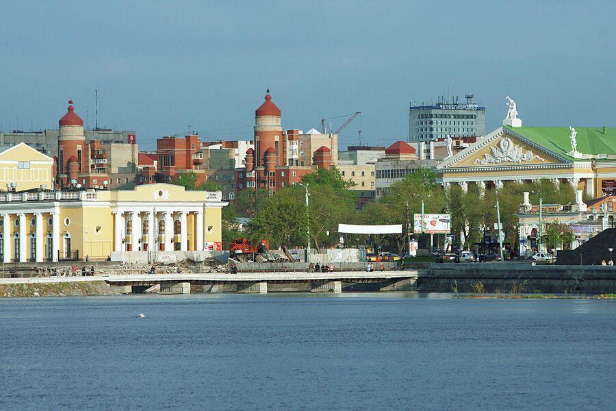 Набережная реки Миасс. Город Челябинск