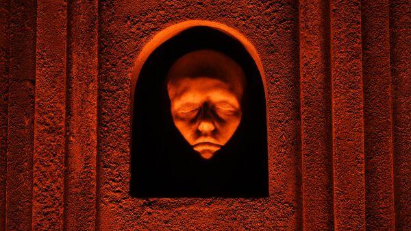 Элемент интерьера крипты Игры престолов в Большом винном хранилище на Винзаводе