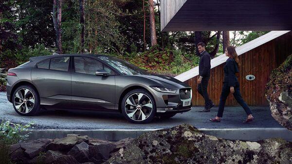 Автомобиль Jaguar I-Pace