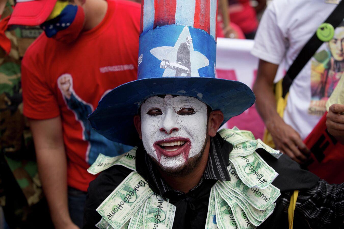 """США начали """"давать урок России в Венесуэле"""": чем"""