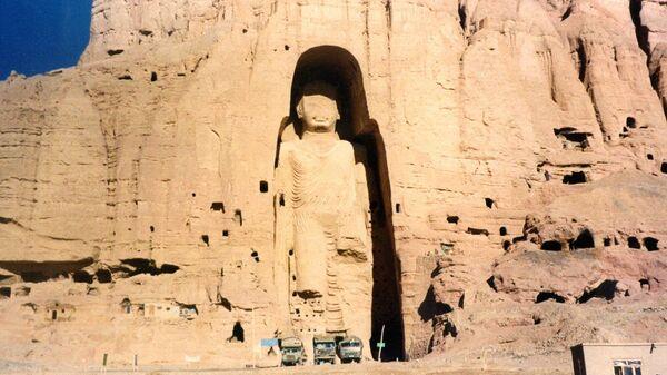 Бамианские статуи Будды в Афганистане. 1997 год