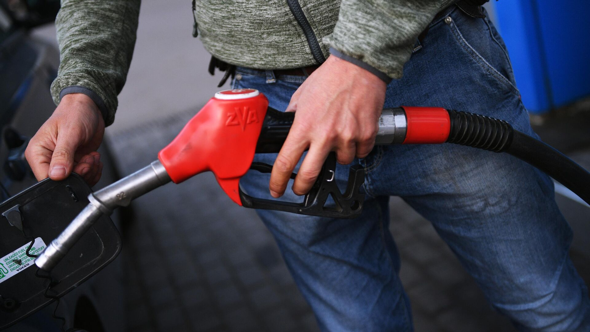 Замглавы Минэнерго Сорокин объяснил цены на бензин при удешевлении нефти