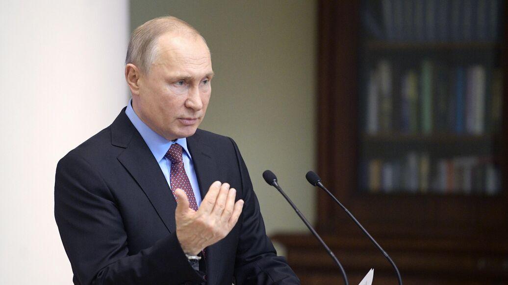Путин призвал партии участвовать в ревизии контрольно-надзорных норм