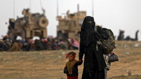 Жители покидают город Багуз