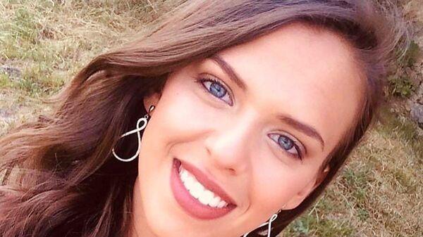 Участница конкурса красоты Мисс Франция Морган Роллан