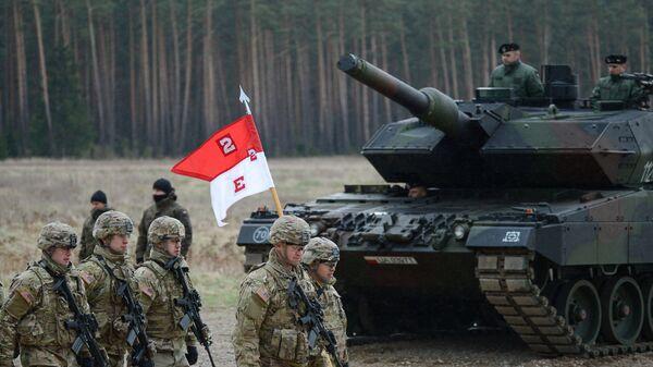 Провел всех. Министр обороны Польши распорядился армией США