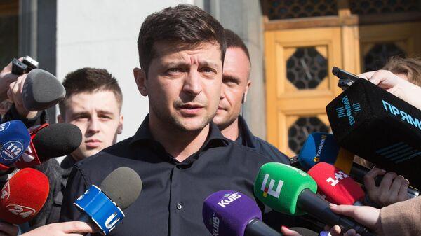 Визит на инаугурацию Зеленского подтвердили пять президентов