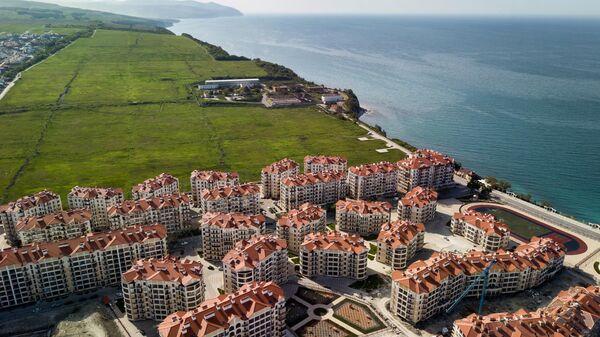 Вид на строящийся район в городе Геленджике