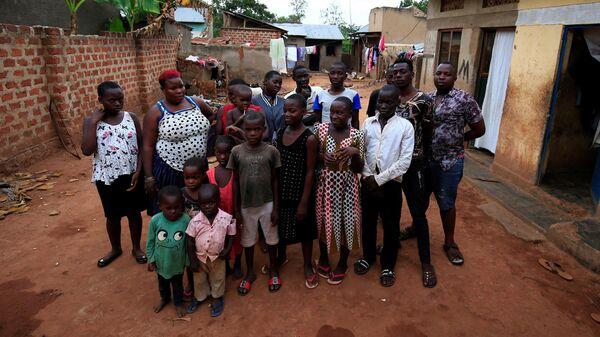 44 ребенка в 39 лет: самая многодетная мать в мире