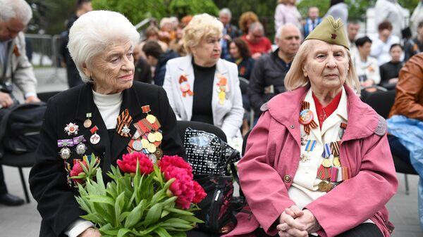 Ветераны Великой Отечественной войны перед началом празднования Дня Победы в Севастополе