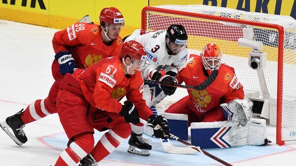 Игровой момент матча Россия - Австрия