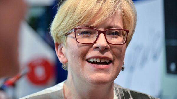 Кандидат в президенты Литвы Ингрида Шимоните в своём избирательном штабе во время первого тура выборов президента Литвы. 12 мая 2019