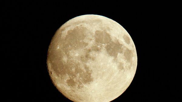 LIVE: Голубая луна над Москвой
