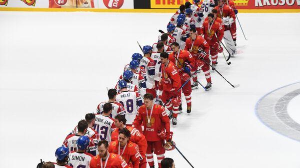 Хоккеисты сборных России и Чехии