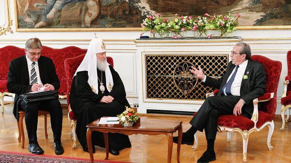 Встреча Патриарха Московского и всея Руси Кирилла с мэром Страсбурга Роланом Рисом