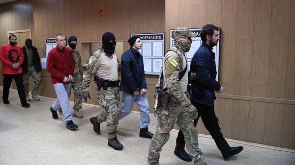 Задержанные украинские моряки в суде