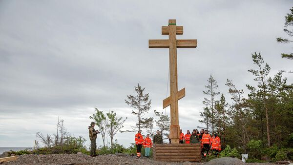 На Большом Тютерсе впервые установили православный Поклонный крест
