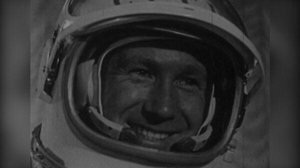 12 минут наедине со Вселенной. К 85-летию космонавта Леонова