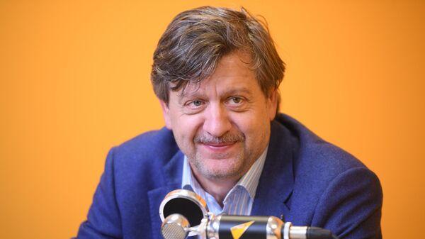 Председатель Фонда содействия развитию науки, образования, культуры и спорта СПАРТАК – ДЕТЯМ Андрей Федун. Интервью Радио Sputnik.