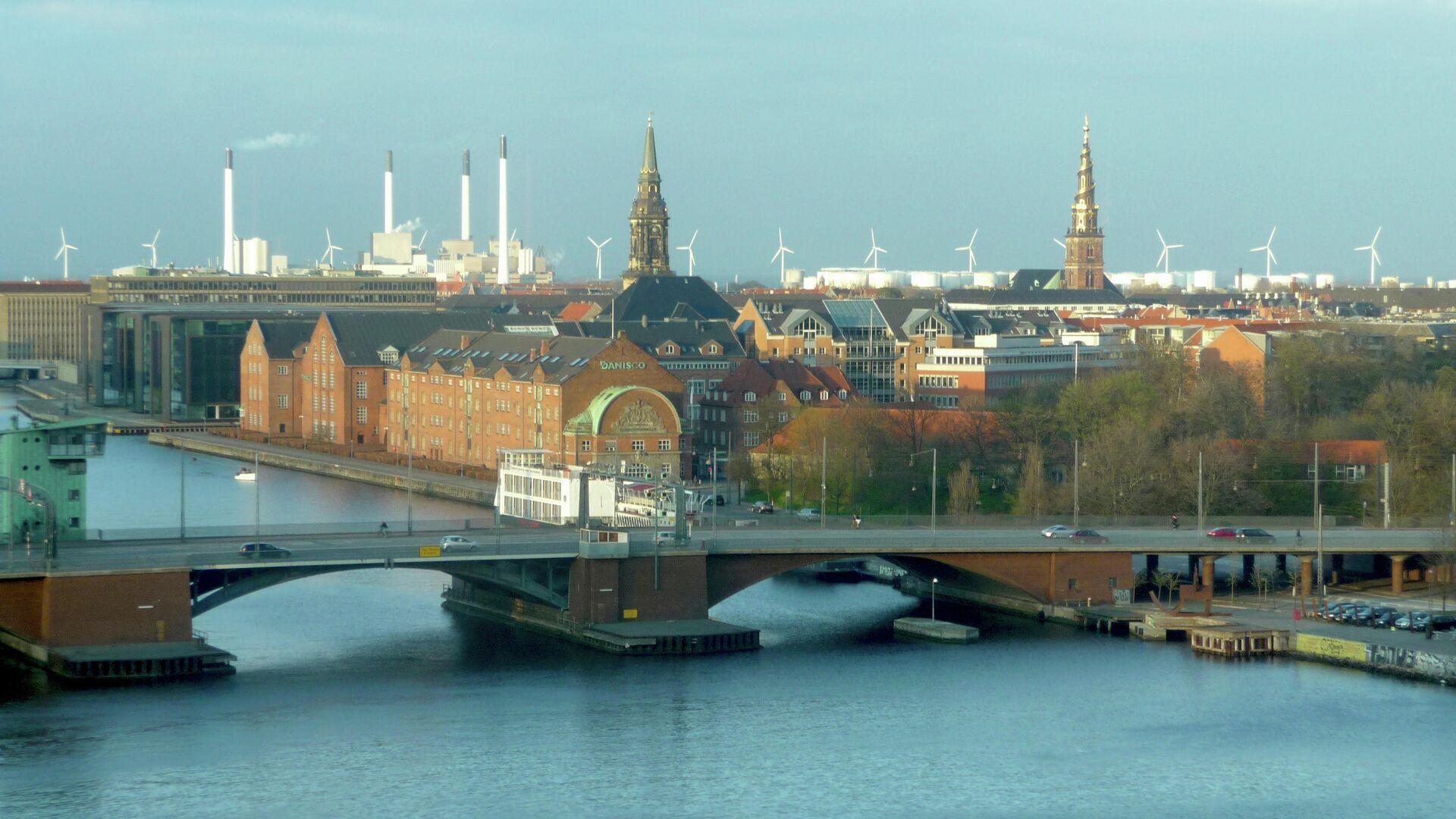 В Дании небезопасные места в городах украсят граффити и мозаикой