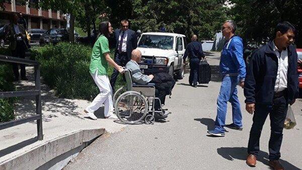 Раненного в Косово сотрудника миссии ООН россиянина Михаила Краснощекова отправили из Косовска-Митровицы в Белград