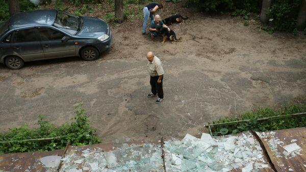 Разбитые стекла в жилом доме в Дзержинске. 1 июня 2019