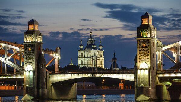 Белые ночи в Санкт-Петербурге