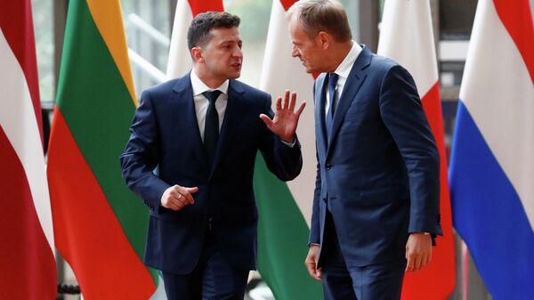 Президент Украины Владимир Зеленский и Председатель Европейского совета Дональд Туск в Брюсселе. 5 июня 2019
