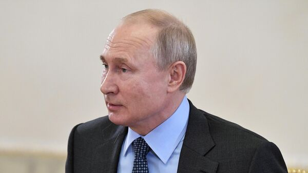 Президент РФ Владимир Путин во время встречи с руководителями и главными редакторами ведущих мировых информационных агентств в рамках Петербургского международного экономического форума 2019
