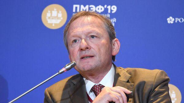 Уполномоченный при Президенте РФ по защите прав предпринимателей Борис Титов на ПМЭФ 2019