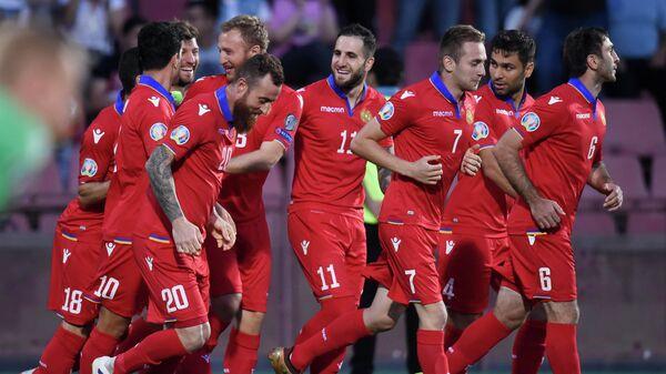 Футболисты сборной Армении