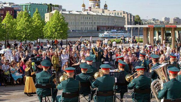 Выступление Военного оркестра Военного университета Минобороны России