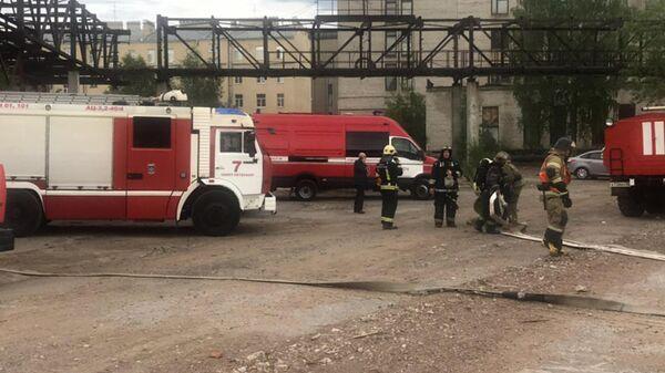 Пожар на территории завода Красный Выборжец, Санкт-Петербург. 13 июня 2019