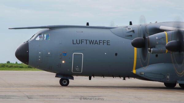 Самолет НАТО Airbus A400M ВВС Германии в Кемерово