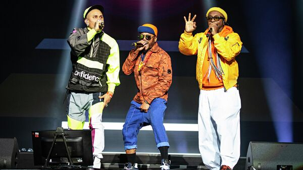 Участники группы The Black Eyed Peas