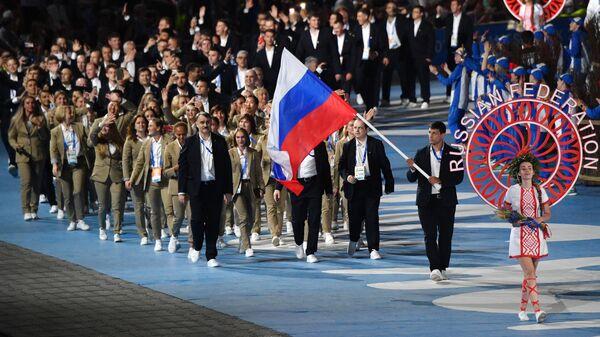 Знаменосцем сборной России на церемонии открытия II Европейских игр в Минске стал семикратный чемпион мира по самбо Артем Осипенко