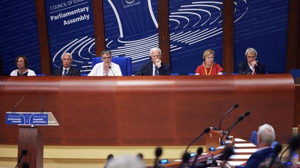 Названы делегации стран, проголосовавшие против возвращенияРФ вПАСЕ