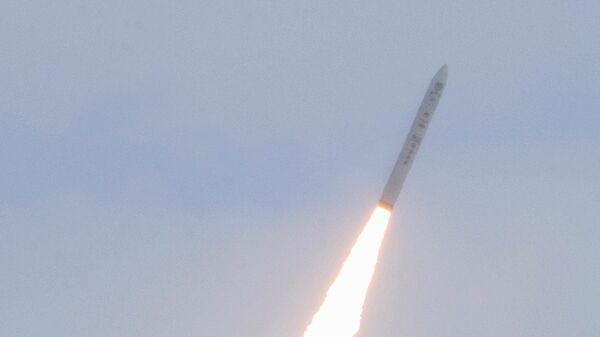 Первый полет управляемого боевого блока Falcon HTV-2