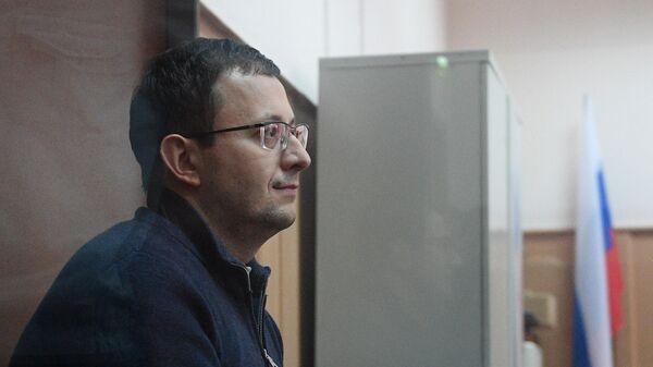 Экс-директор департамента развития бизнеса автодилера Рольф Анатолий Кайро в Басманном суде