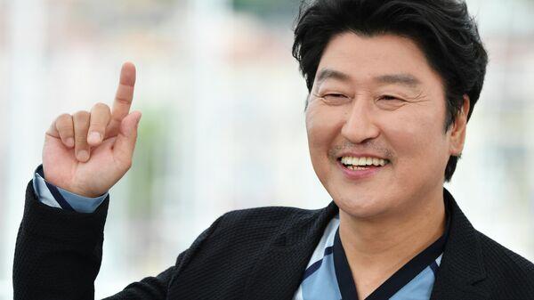 Южнокорейский актер Сон Кан Хо на 72-м Каннском кинофестивале