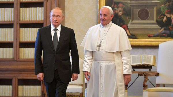 Президент РФ Владимир Путин и Папа Римский Франциск